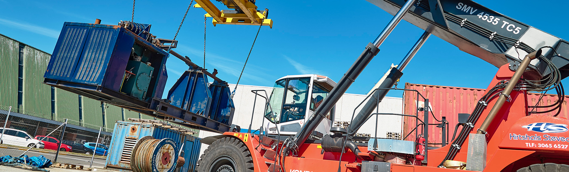 Hirtshals Stevedore chooses fairly new, used reach stacker