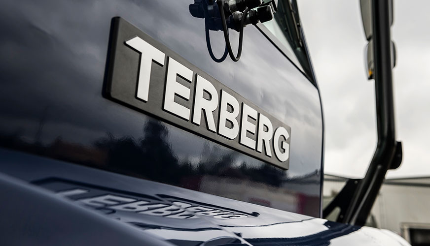 Terberg pulls away with new terminal tractor